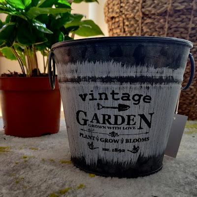 Starkl vintage garden pot