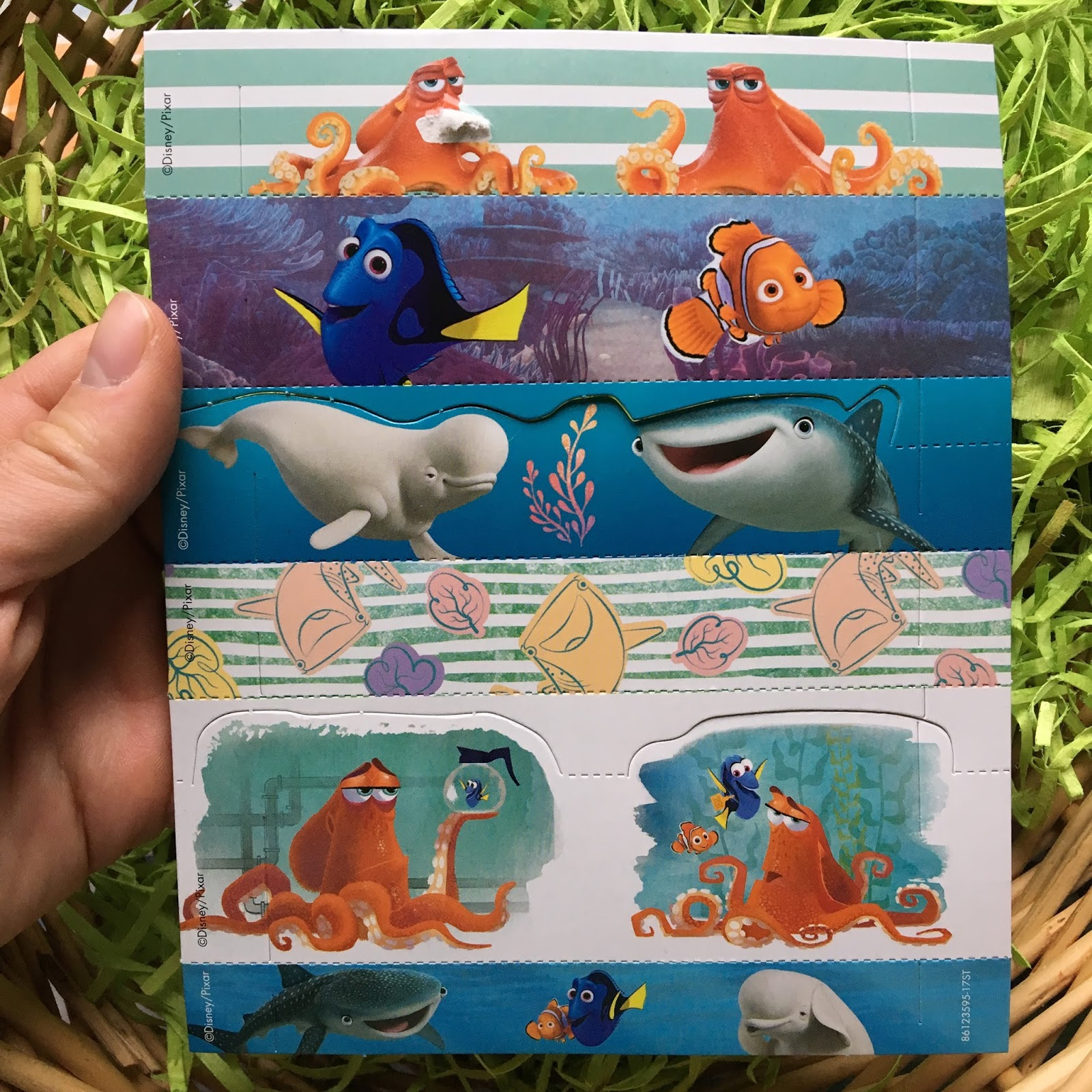 Finding Dory Easter Egg Decorating Kit
