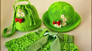 Conjunto de niña: pollera, sombrero y bolsito - con patrones