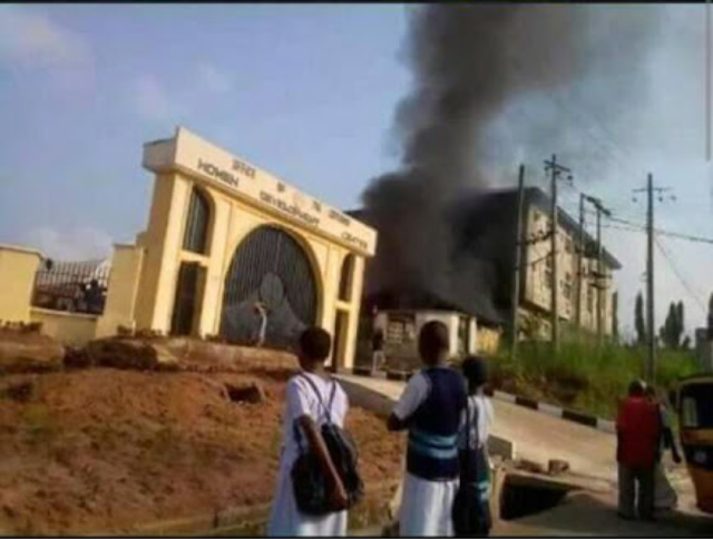 Fire guts popular hotel in owerri (photo)