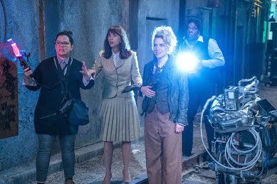 Melissa McCarthy, Kate McKinnon, Kristen Wiig, and Leslie Jones in Ghostbusters (2016)