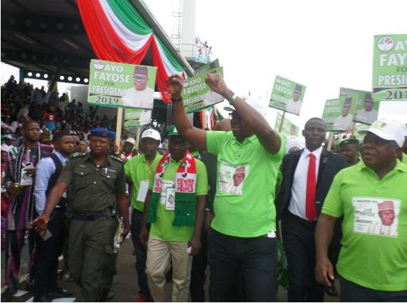Fayose at the PDP's Natl Convention, reveals his presidential ambition 2019 with Presidential Campaign Shirt, Cap