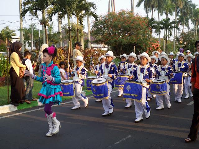 gambar ekskul drum band