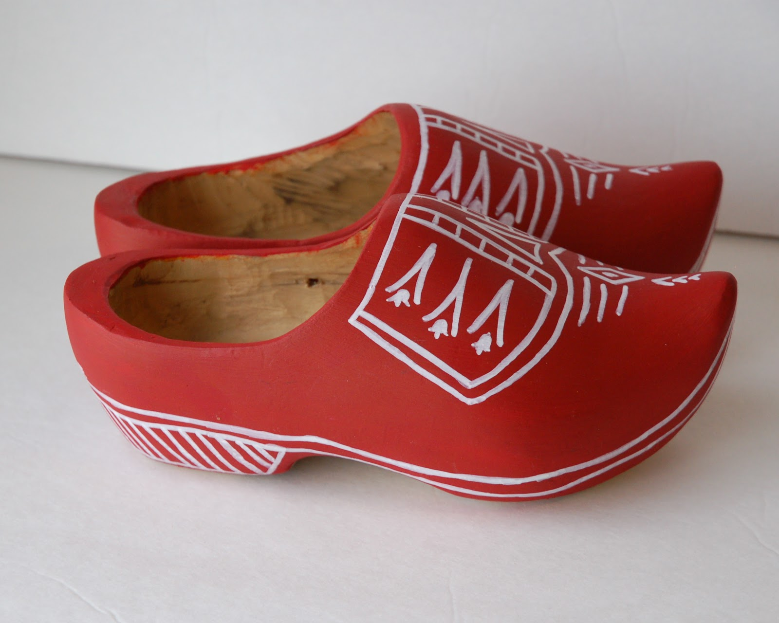 Restlessrisa Wooden Shoes Sinterklaas