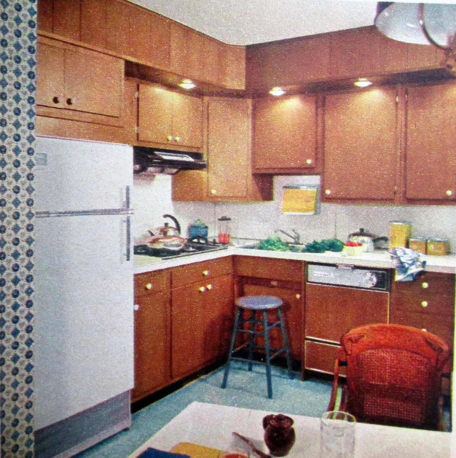 Really Small Kitchen The Literate Quilter Big Changes In Small Kitchens