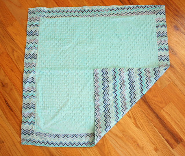 Baby Blanket Tutorial With Cuddle Fabric