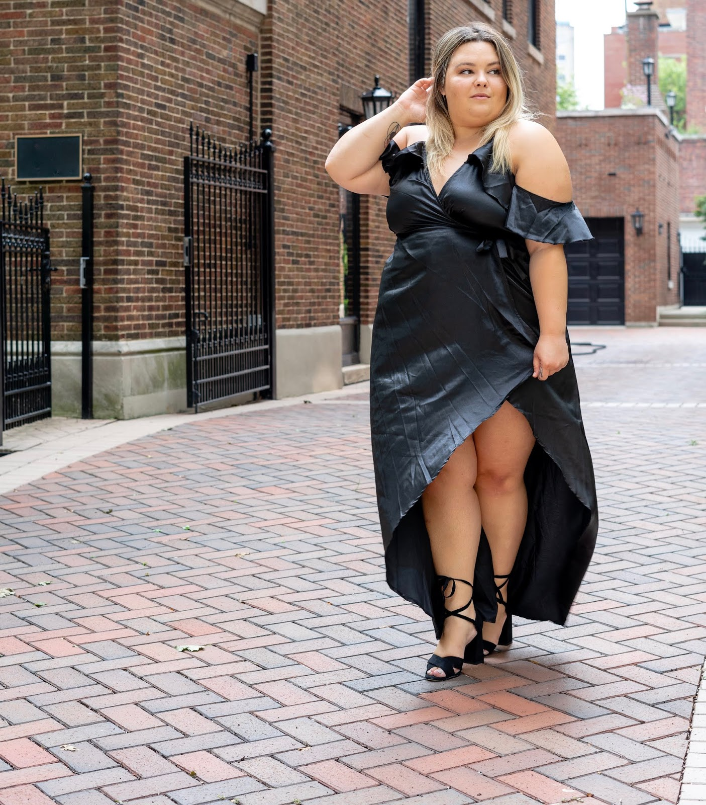 Chicago fashion blogger, Chicago plus size fashion blogger, natalie Craig, natalie in the city, plus size fashion, Chicago fashion, plus size fashion blogger, eff your beauty standards, fatshion, skorch magazine, Chicago model, plus size model, plus size petite, affordable plus size clothing, embrace your curves, plus model magazine,  petite plus size, body positivity, body positive, prettylittlething, satin wrap dress, silk wrap dress