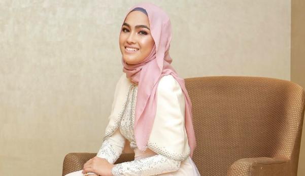 'Saya mahu bakal suami mahir guna seterika' - Luah Elfira Loy