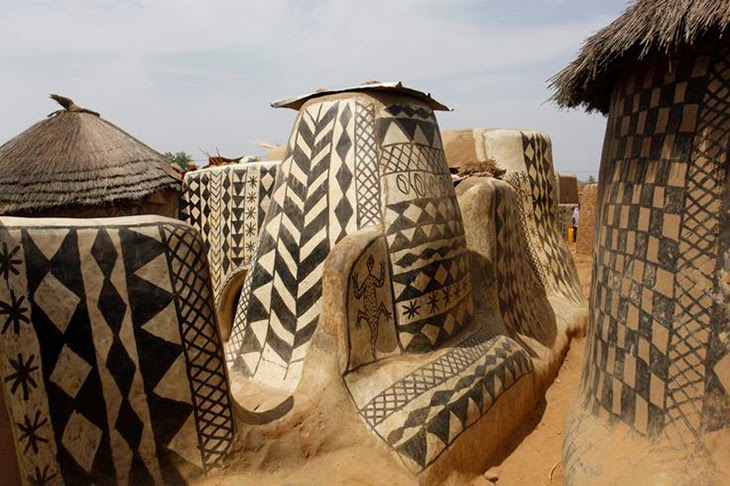 African West Houses Old