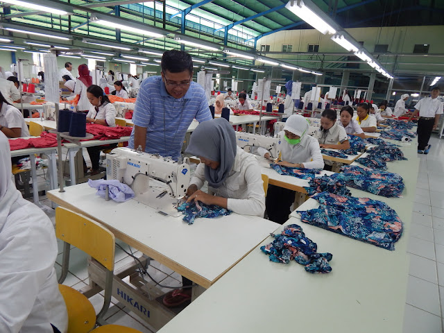 Lowongan Kerja SMA SMK D3 S1 PT. Top and Top Apparel Jobs: Security (Secwan), Production Operator, Cutting Operator
