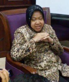 Walikota Surabaya Tri Risma Harini