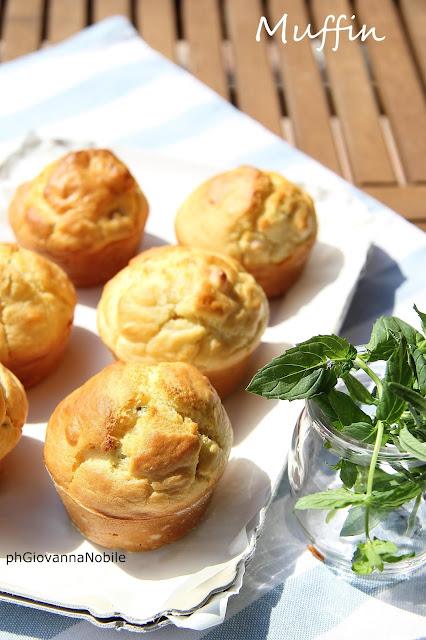 Muffin con prosciutto crudo toscano e formaggio Salva Cremasco