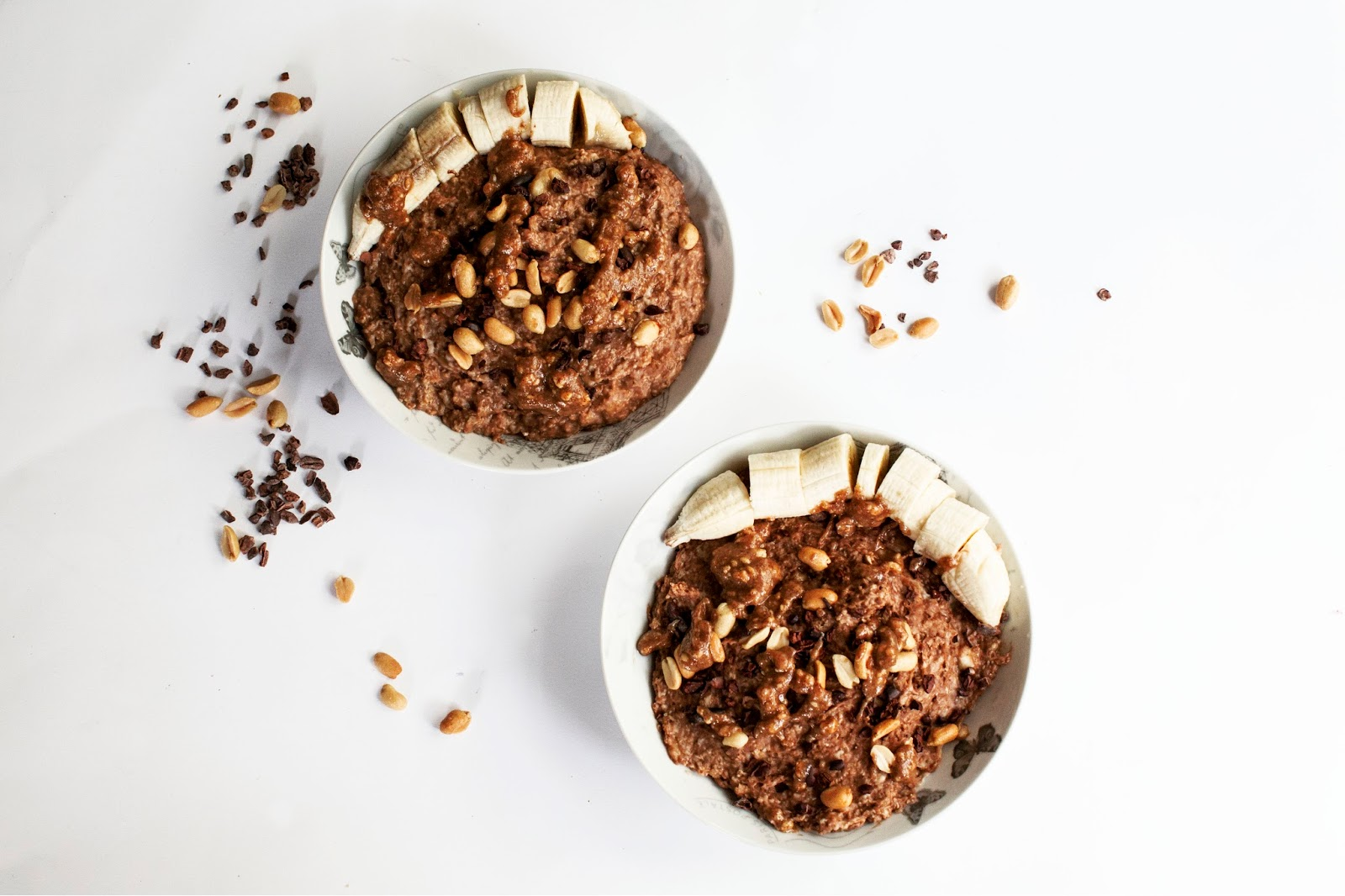 https://www.thewhimsicalwildling.com/2017/03/healthy-chocolate-peanut-butter-oatmeal.html