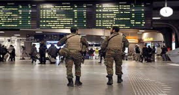 الشرطة البلجكية تعثر على مفاجأة كبرى بجانب جثة الإنتحاري أثناء تفتيش مطار بروكسل