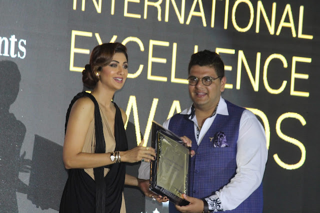 Sushein Goklaney's Skratch Received Best DJ Academy in North India 2017 Award by Shilpa Shetty Kundra 1
