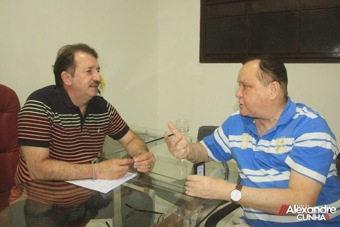 """""""Paulo Neto é um deputado que tem correspondido as expectativas dos municípios onde faz sua politica""""; destaca Prefeito Magno."""