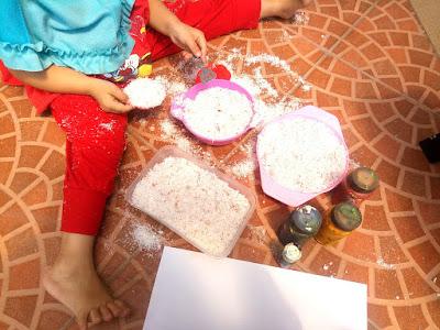 alat dan bahan kegiatan stimulasi anak usia dini dengan menggunakan ampas kelapa