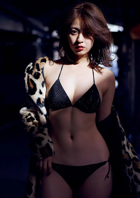 Yanagi Yurina 柳ゆり菜 Weekly Playboy No 49 2016