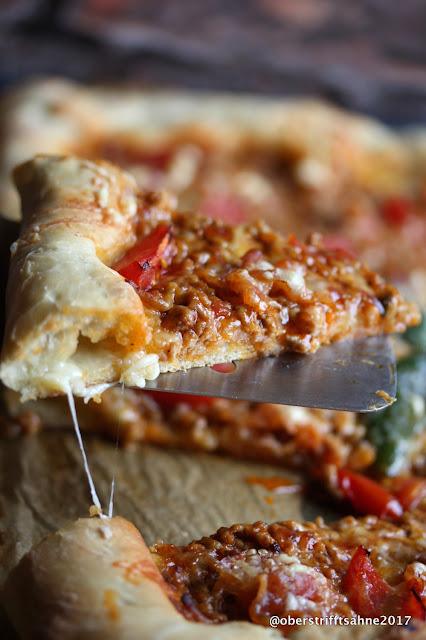 Pizza Bolo mit Chalapeño und Pancetta