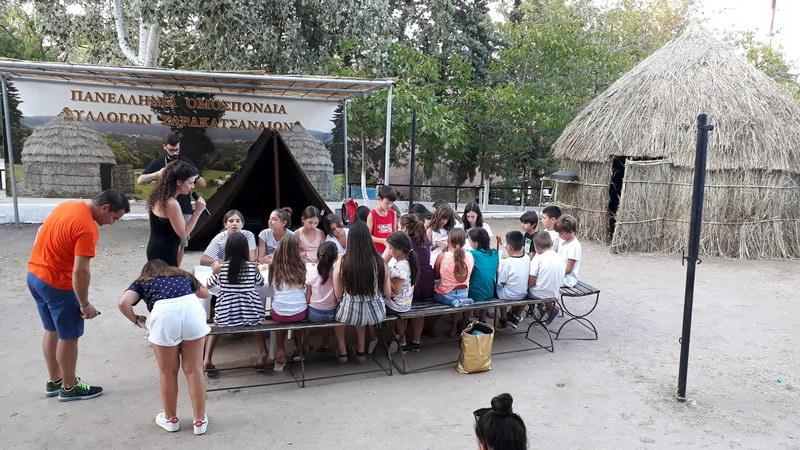 Ανεκτίμητη εμπειρία και παιδεία για μικρούς και μεγάλους η πρώτη Σαρακατσάνικη βιωματική κατασκήνωση