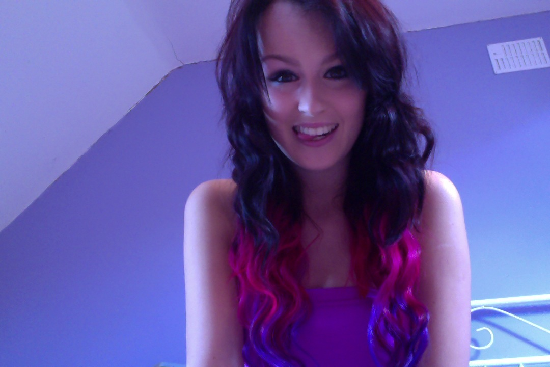 The Hairoine Pink And Purple Dip Dye On Brown Hair