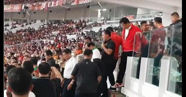 Paspampres Larang Anies saat menuju Podium Kemenangan Persija