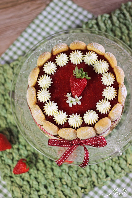 Erdbeer-Quark-Charlotte