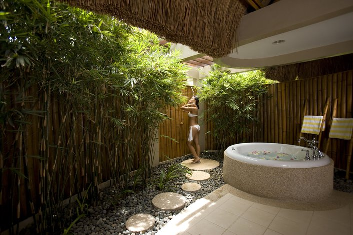 bath-stepping-stones-backyards-shower-designs