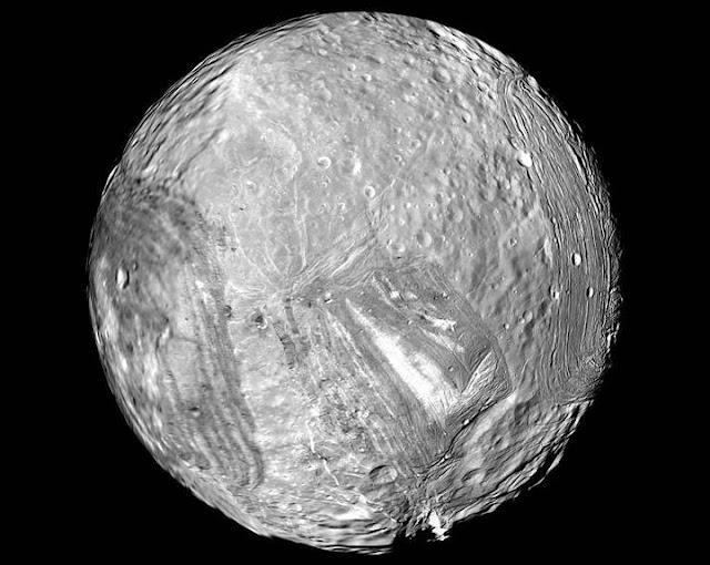Miranda - lua de Urano