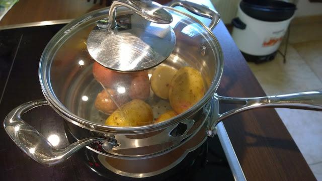 Kartoffeln im Dämpfer (c) by Joachim Wenk