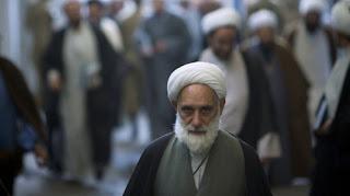 أكبر مدرسة إسلامية في إيران تحذّر من تمدد المسيحية في البلاد