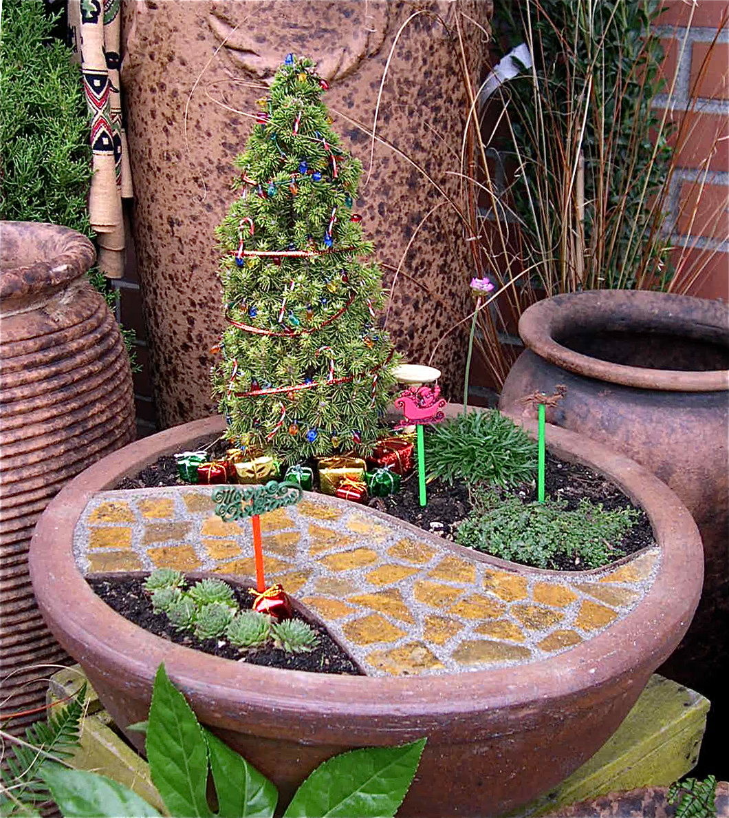 pedacinho de jardim mini jardins natalinos. Black Bedroom Furniture Sets. Home Design Ideas