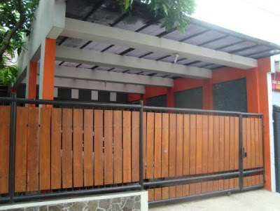 Pembuatan Pagar Besi Kombinasi Kayu di Jogja