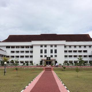 Kantor Gubernur Kepulauan Riau di Dompak