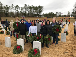 Montgomery Catholic Students Honor Fallen Veterans With Wreaths Across America 1