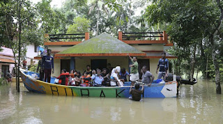 Kerala floods: 265 dead, over 8.69 lakh people in relief camps as state limps back to normalcy