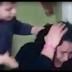 El vídeo de un niño golpeando a su madre tiene a las redes sociales ardiendo en comentarios y opiniones.