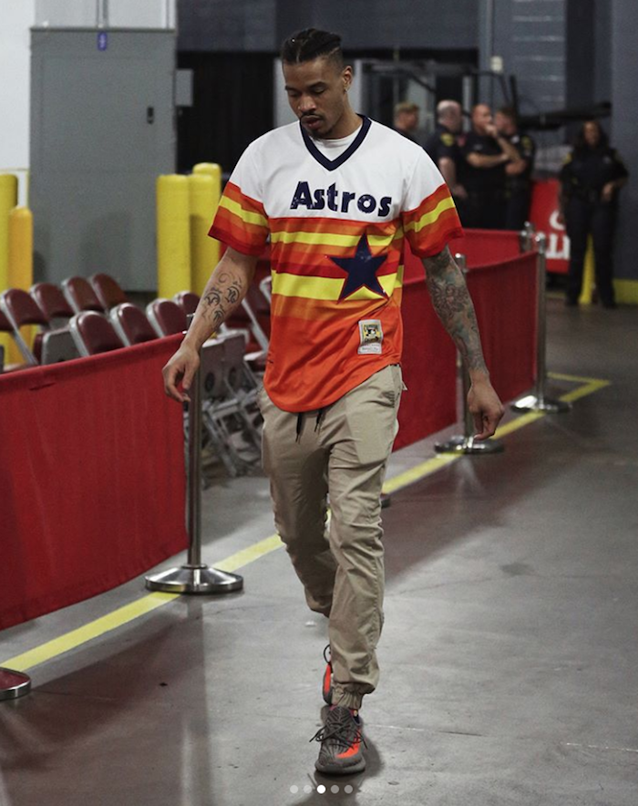 Gerald Green at Toyota Center wearing Astros throwback jersey
