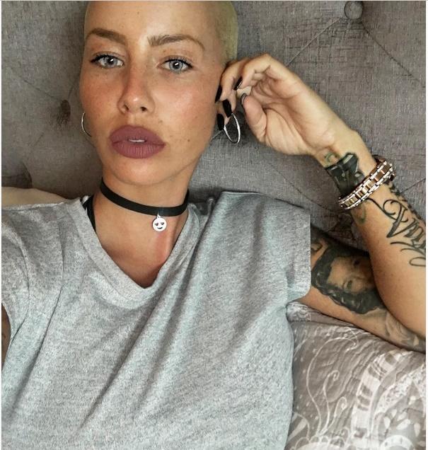 Amber rose no makeup