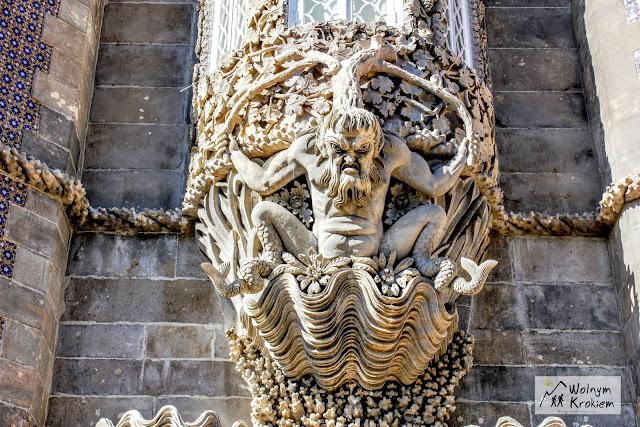 Potwór morski strzegący Łuku Trytona w Pałacu Pena