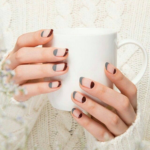 Olive nail art
