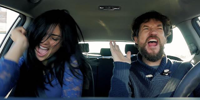 Dengarkan Musik Keras Di Mobil Ketika Berkendara Akan Membuat Lebih Agresif?