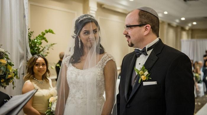 marrying a jewish girl
