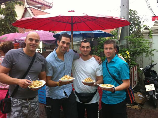 Pat Thai: comida típica tailandesa