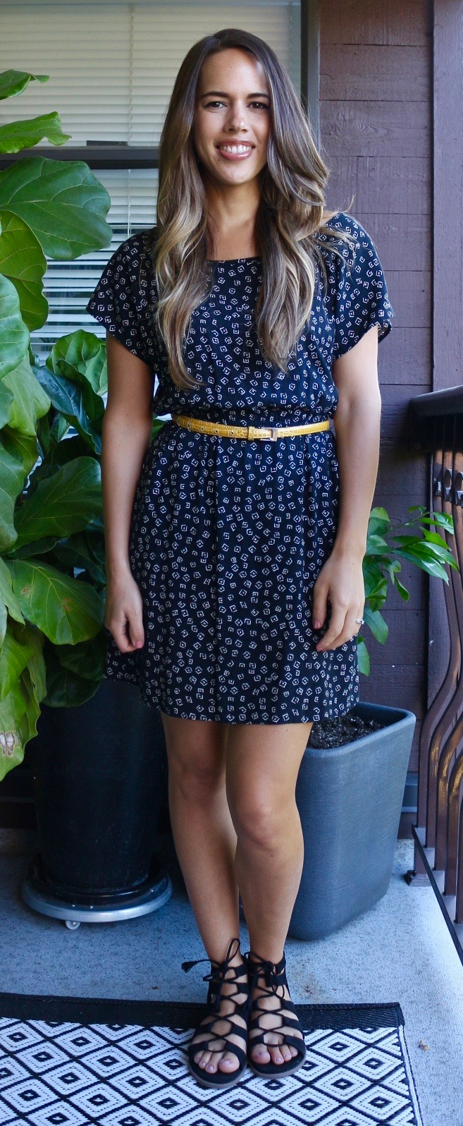 Jules in Flats - Printed Dress with Yellow Belt