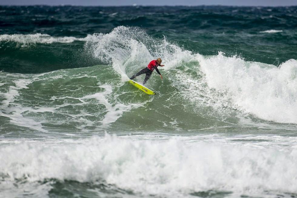 3 Rip Curl Pro Bells Beach 2015 Mick Fanning WSL Kelly Cestari