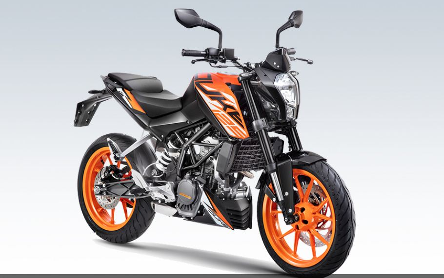 KTM 125 Duke Bike  launched at cost of Rs 1.18162