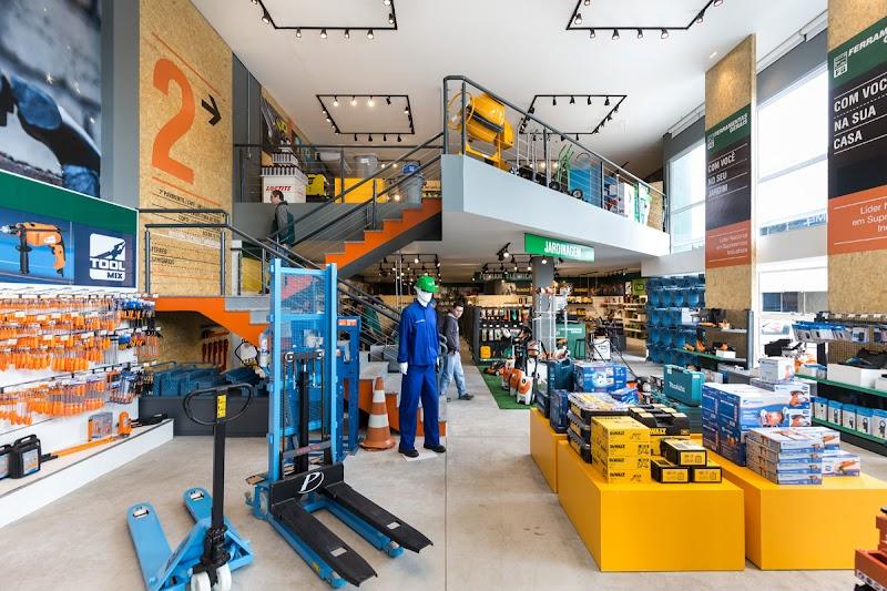 Ferramentas Gerais inaugura novo modelo de loja focada em uma nova experiência de compra.