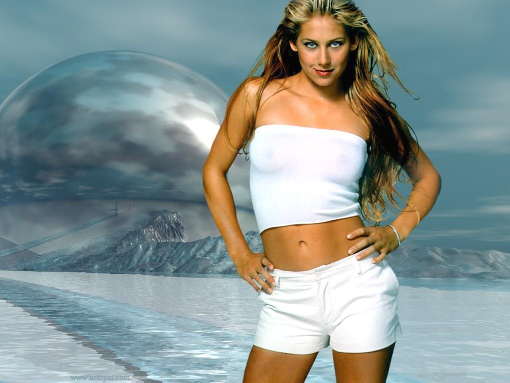 Beyonce britney spears jennifer lopez amp nicole scherzinger 7