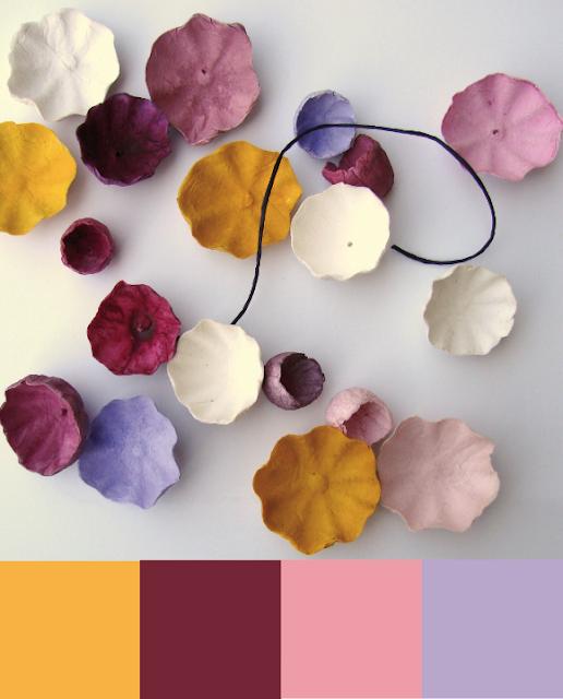 Palette colori per matrimonio nelle Langhe; vinaccio, senape, lilla, bianco